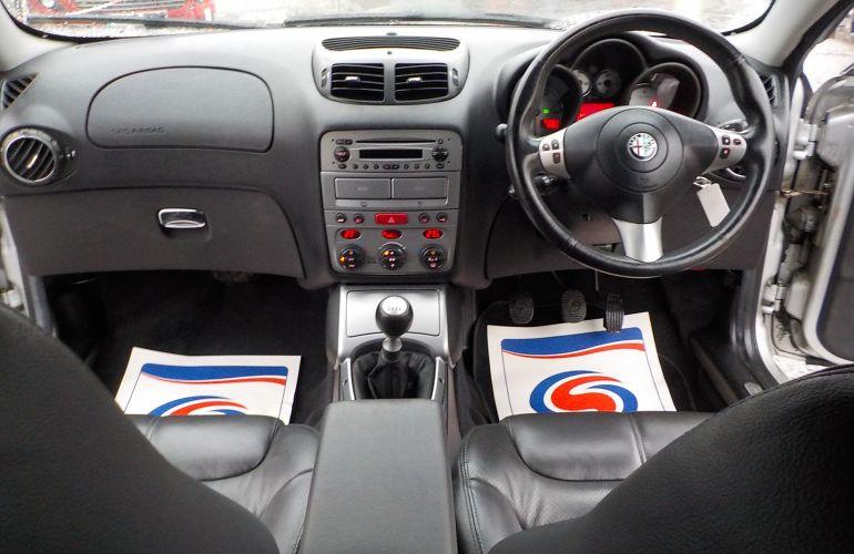 Alfa Romeo GT 1.9 JTDM 16v 2dr KE06GFK