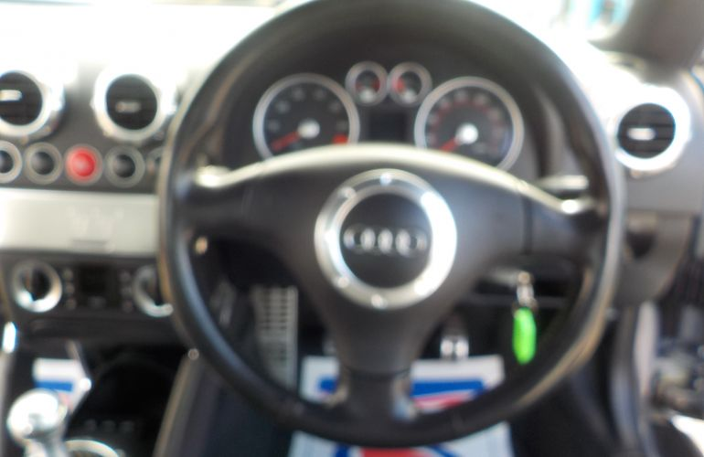Audi TT 3.2 V6 quattro 3dr V500AKY 2004 (04)