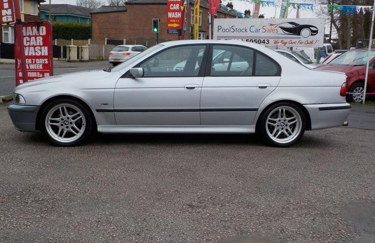 BMW 5 Series 2.5 525d Sport 4dr RV03BGZ