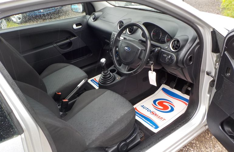 Ford Fiesta 1.4 Flame Limited Edition 3dr     DA04YHL