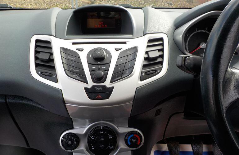 Ford Fiesta 1.25 Zetec 5dr DS59DXT