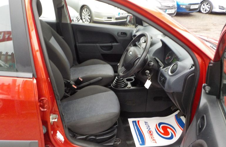 Ford Fiesta 1.4 TD Style 5dr     NC56KMA