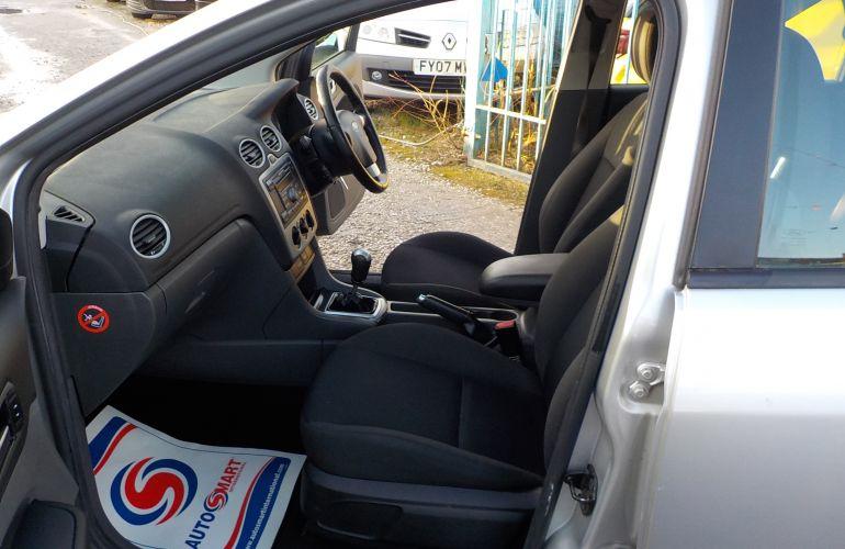 Ford Focus 1.6 Zetec Climate 5dr ML07KHW