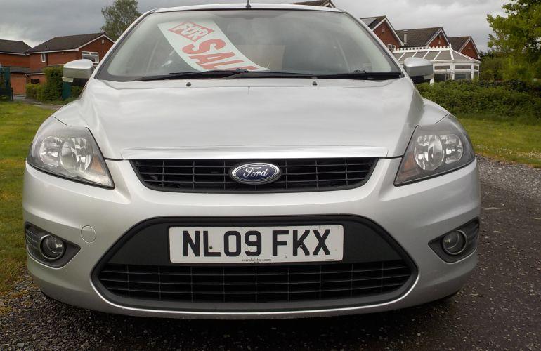 Ford Focus 1.6 Zetec 5dr NL09FKX