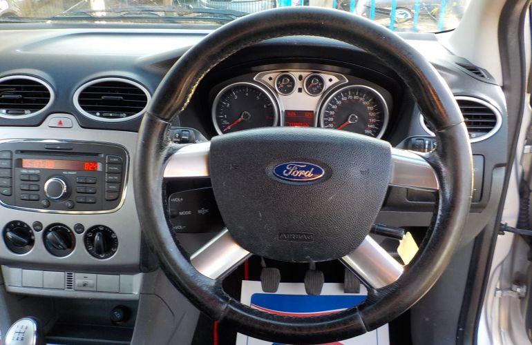 Ford Focus 1.6 Zetec 5dr PK58OUU