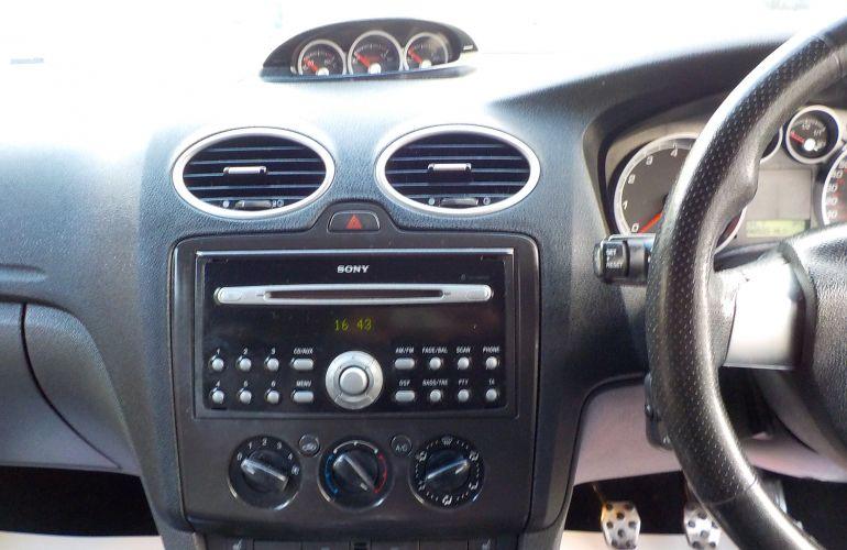 Ford Focus 2.5 SIV ST-3 3dr     BJ07DYG