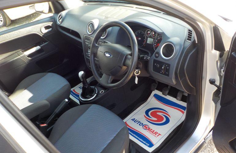 Ford Fusion 1.4 Zetec Climate 5dr YY06TAV