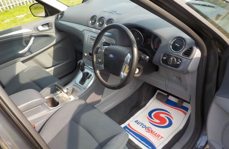 Ford S-Max 2.0 TDCi Zetec 5dr FP59XAE 2009 (59)