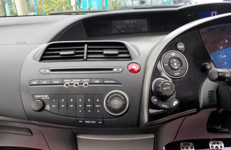 Honda Civic 1.8 i-VTEC ES 5dr     BV07DRO
