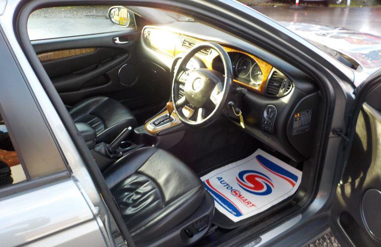 Jaguar X-Type 3.0 V6 SE (AWD) 5dr MT05UOC
