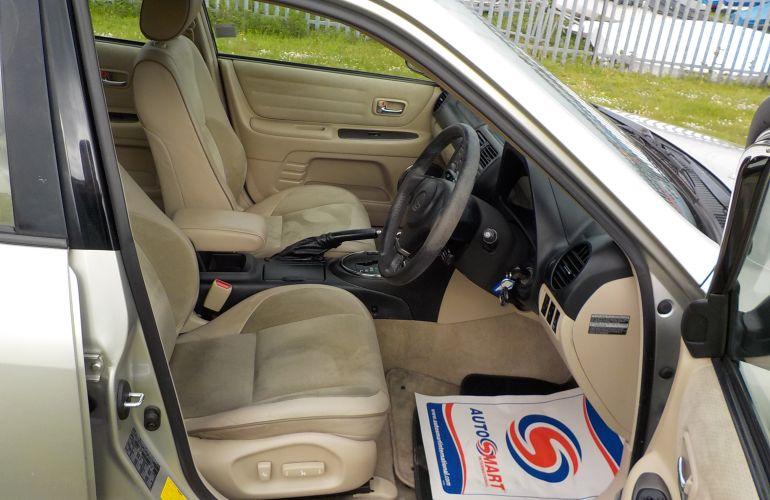 Lexus IS 200 2.0 SE 4dr    GV53HWN