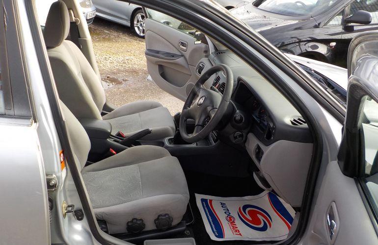 Nissan Almera 1.5 SE 5dr MV52NTM