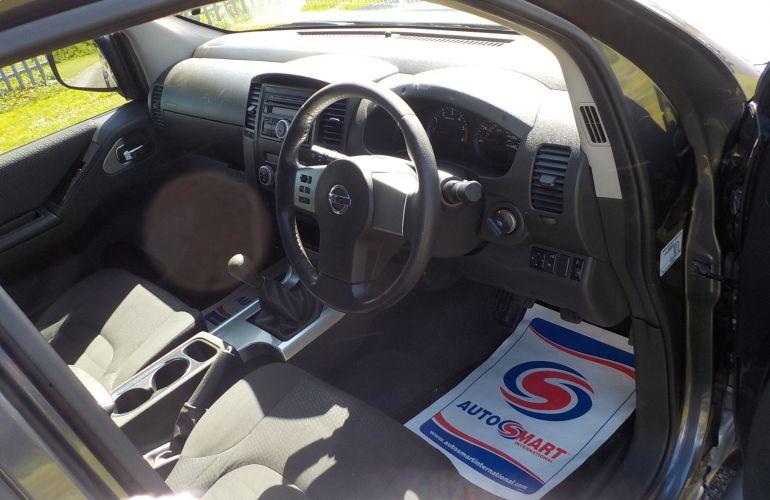 Nissan Navara 2.5 dCi Acenta King Cab Pickup 4dr    BK10OPX
