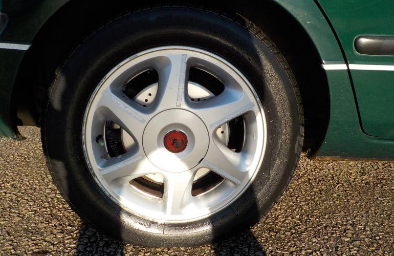 Nissan Primera 1.6 16v Si 5dr T589KUD