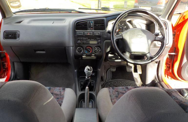 Nissan Primera 2.0 TD GX 5dr V167LDM