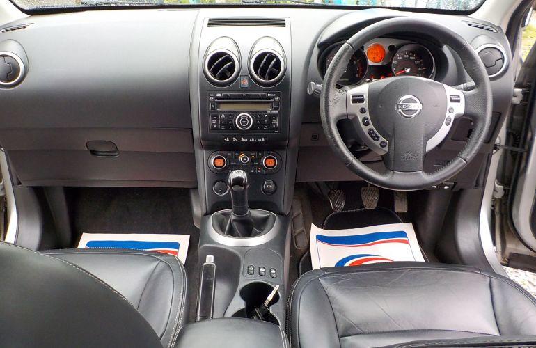 Nissan Qashqai 1.6 Tekna 2WD 5dr SC57HFJ