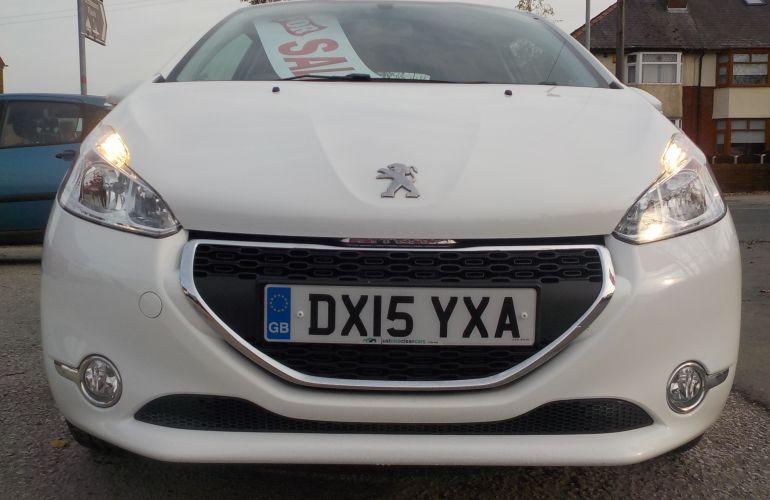 Peugeot 208 1.0 VTi PureTech Active 3dr DX15YXA 2015 (15)