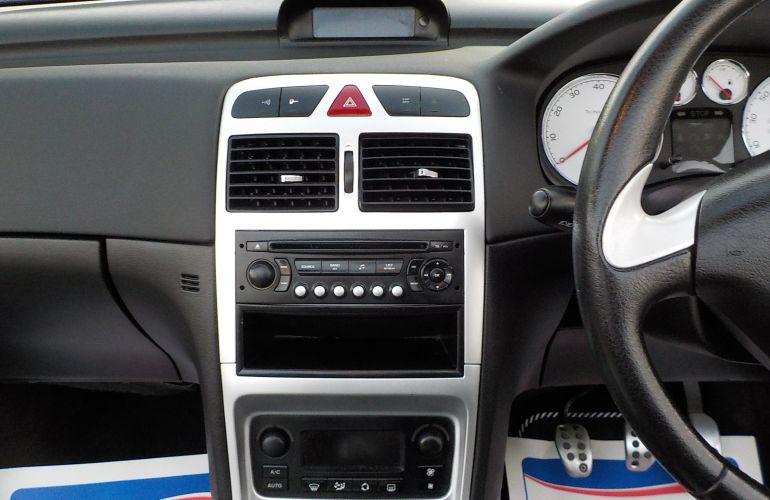 Peugeot 307 CC 2.0 16v S 2dr MF06OBL