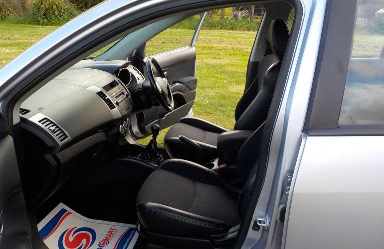 Peugeot 4007 2.2 HDi FAP SE 5dr    FJ59TRX
