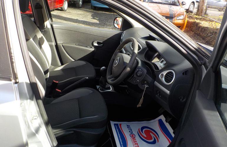 Renault Clio 1.2 16v I-Music 5dr (Euro 5) PE60UKK