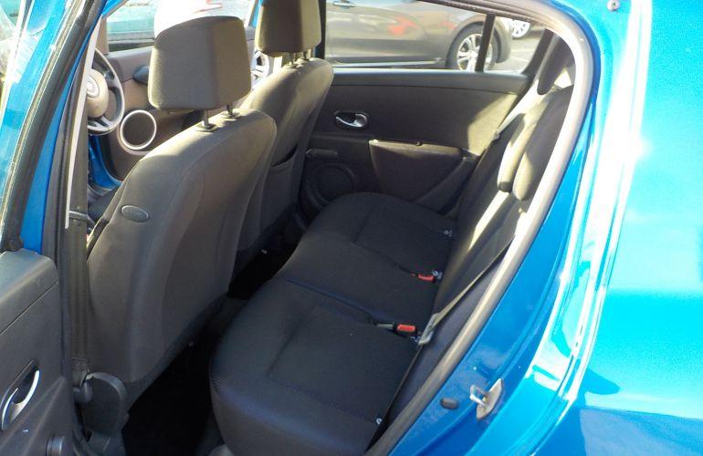 Renault Clio 1.4 16v Dynamique 5dr SG56UCR