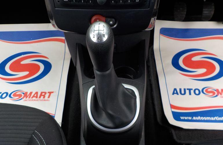 Renault Clio 1.2 16v Expression + 3dr     SH62RHF