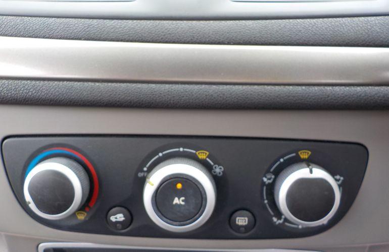 Renault Megane 1.6 VVT Extreme 5dr MV59VYH