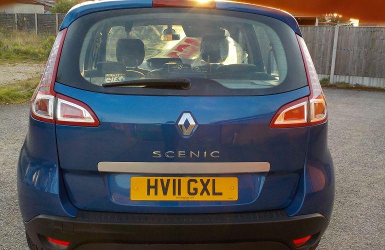 Renault Scenic 1.6 VVT Dynamique Tom Tom 5dr (Tom Tom)     HV11GXL