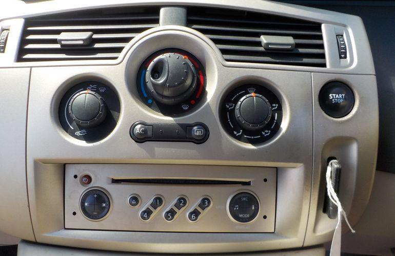 Renault Scenic 1.6 VVT Privilege 5dr SA57HTG