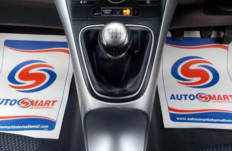 Toyota Auris 1.6 V-Matic TR 5dr PE10FMD