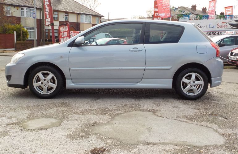 Toyota Corolla 1.6 VVT-i Colour Collection 3dr KY06CRL