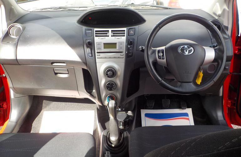 Toyota Yaris 1.3 VVT-i TR 5dr PN08XMH