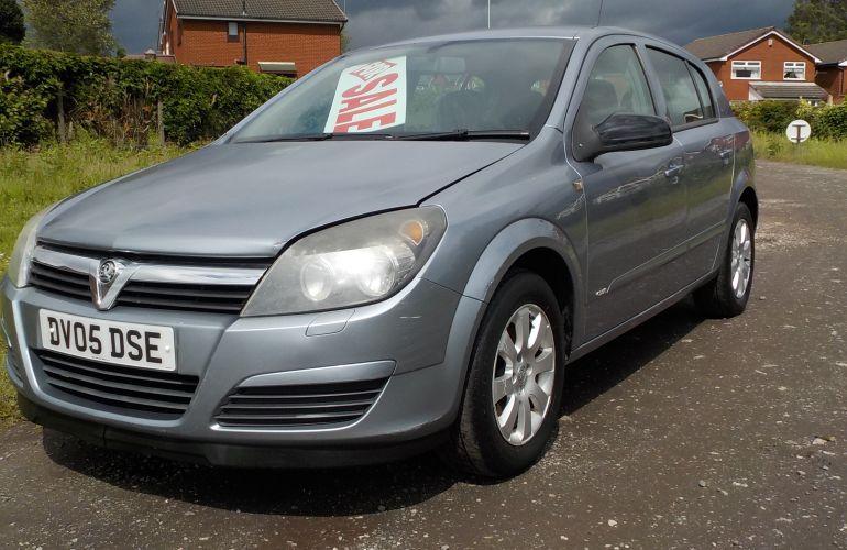 Vauxhall Astra 1.4 i 16v Club 5dr     DV05DSE