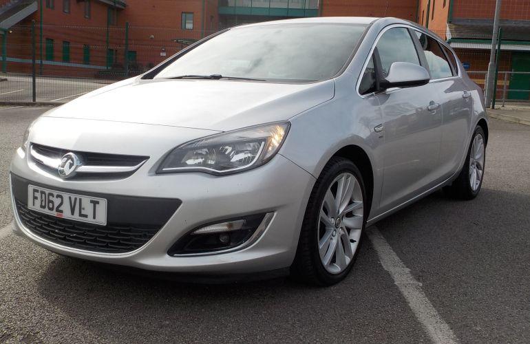 Vauxhall Astra 2.0 CDTi ecoFLEX SRi (s/s) 5dr FD62VLT
