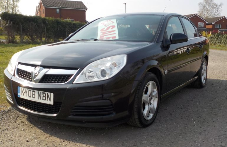 Vauxhall Vectra 1.9 CDTi 16v Exclusiv 5dr KY08NBN