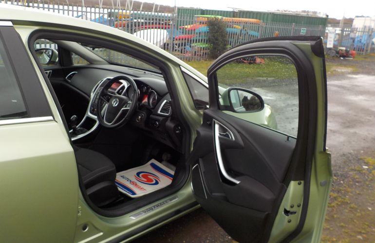 Vauxhall Astra 1.6 i VVT 16v SRi 5dr SB11MWN