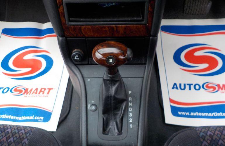 Vauxhall Astra 1.8 i 16v CDX 5dr     X352KAB