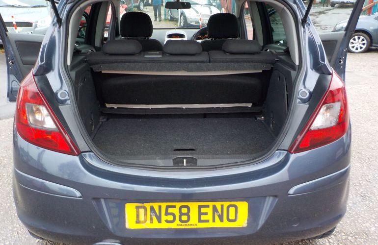 Vauxhall Corsa 1.4 i 16v SXi 5dr DN58ENO