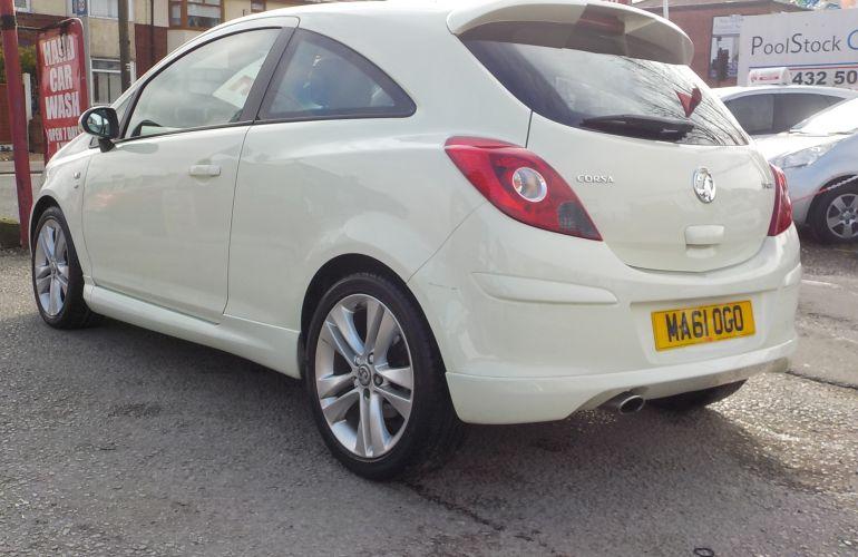 Vauxhall Corsa 1.7 CDTi SE 3dr MA61OGO