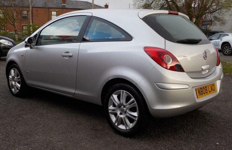 Vauxhall Corsa 1.2 i 16v Design 3dr (a/c) NB08LAO