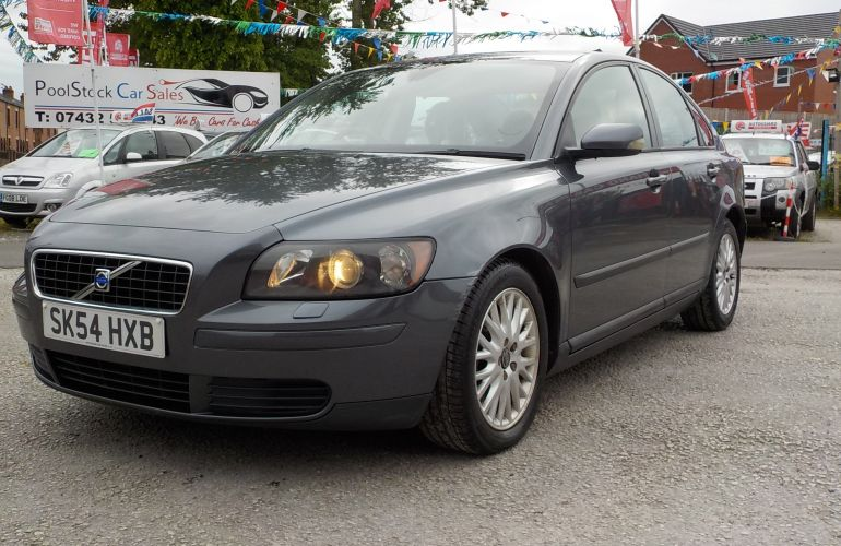Volvo S40 2.0 D S 4dr      SK54HXB