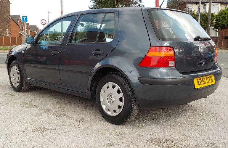 Volkswagen Golf 1.6 SE 5dr     AD51OTN