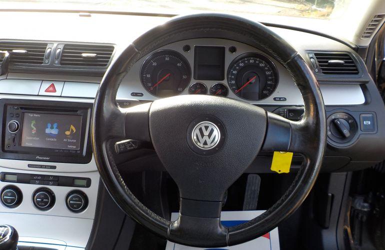 Volkswagen Passat 2.0 TDI DPF Sport 5dr ND09WZZ